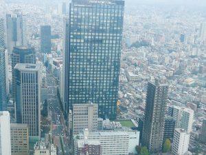 多くの企業が争う都会